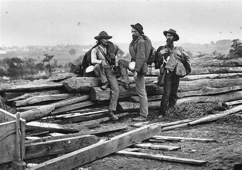 confederate prisoners gettysburg bw